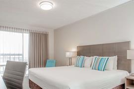 97419_007_Guestroom