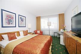 95452_006_Guestroom
