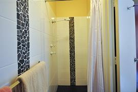 97339_001_Guestroom