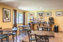 05399_007_Restaurant