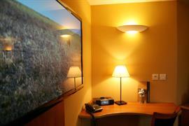 93755_004_Guestroom