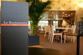93755_006_Restaurant