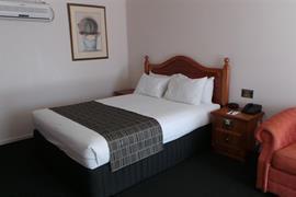 97160_002_Guestroom