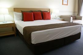 97165_005_Guestroom