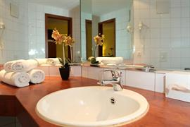 95488_007_Guestroom