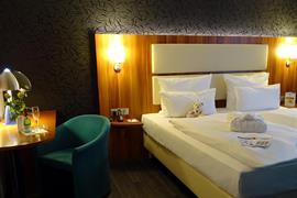 95470_005_Guestroom