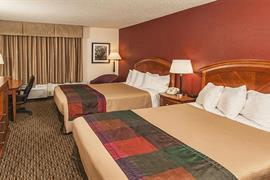 50120_004_Guestroom