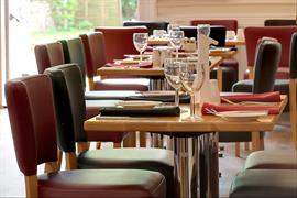 andover-hotel-dining-02-84223