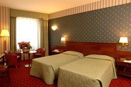 98338_001_Guestroom