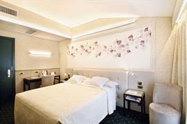 98338_003_Guestroom