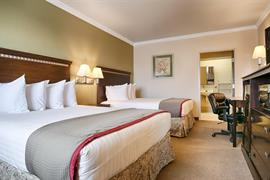 44594_005_Guestroom