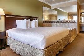 44594_006_Guestroom