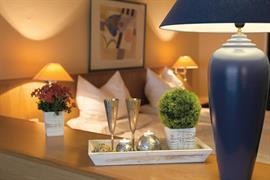95461_004_Guestroom