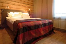 91113_005_Guestroom
