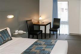 90862_000_Guestroom