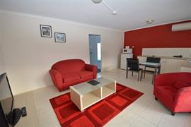 90862_004_Guestroom