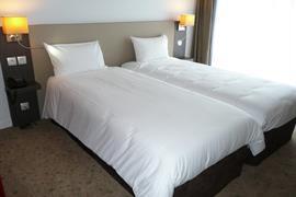 93747_003_Guestroom