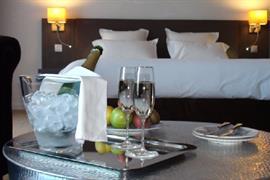 93747_004_Guestroom