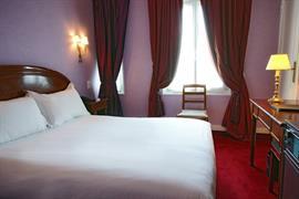 93225_002_Guestroom