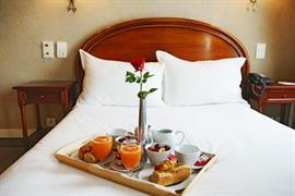 93225_003_Guestroom