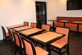 03066_005_Restaurant