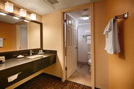 03066_007_Guestroom