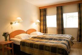 88188_006_Guestroom