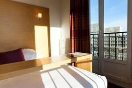 93388_006_Guestroom