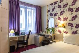 77719_007_Guestroom