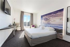 93388_001_Guestroom