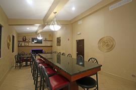34035_007_Restaurant