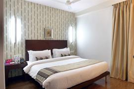 76972_003_Guestroom
