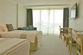 97320_007_Guestroom