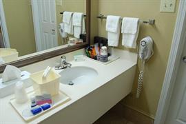 11045_005_Guestroom