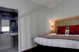 Bedroom interior and bathroom atlantic hotel chelmsford