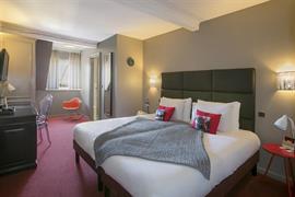 93833_005_Guestroom
