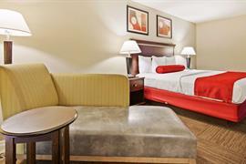 10352_005_Guestroom
