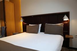 93490_006_Guestroom