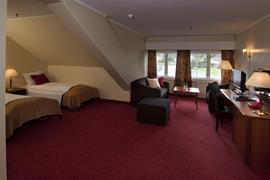73112_007_Guestroom
