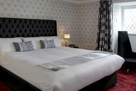 barons-court-hotel-bedrooms-18-83960
