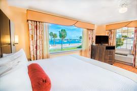 10373_000_Guestroom