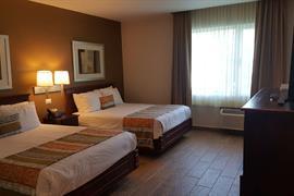 70264_007_Guestroom