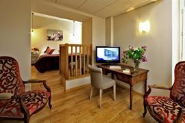 93095_002_Guestroom