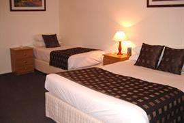 97329_004_Guestroom