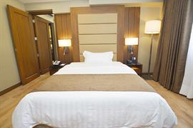 99105_006_Guestroom