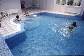 77565_004_Pool