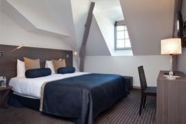 93722_001_Guestroom