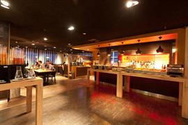 92697_007_Restaurant