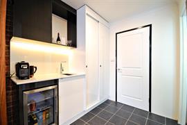 97454_004_Guestroom