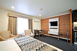 97454_006_Guestroom